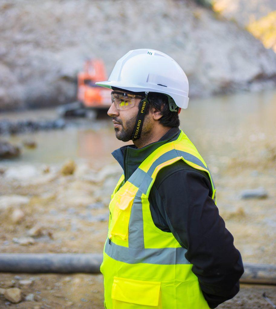 A man wearing PPE